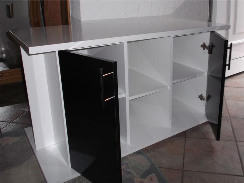 der unterschrank geeignet f r ihr aquarium. Black Bedroom Furniture Sets. Home Design Ideas